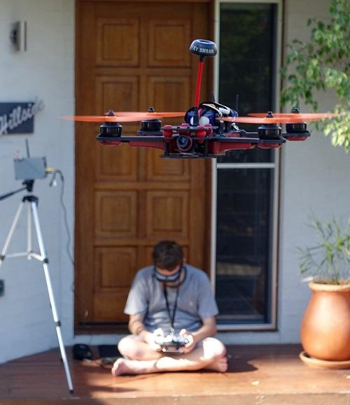 drone-1155507_1280