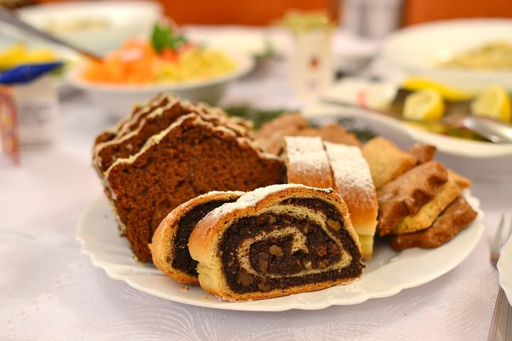 christmas-cakes-1107927__480